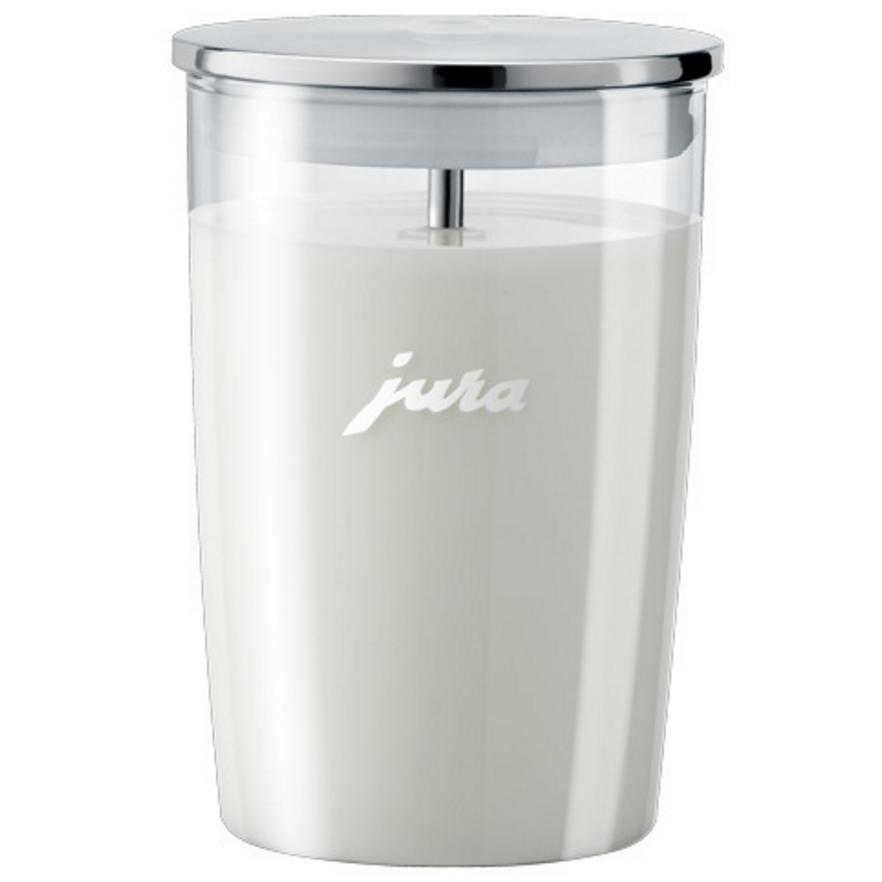 Zet de glazen melkbeker van Jura naast je koffiemachine