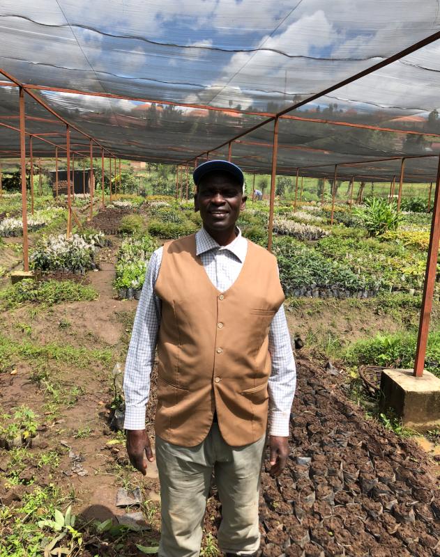 Pierre heeft een microkrediet in Afrika