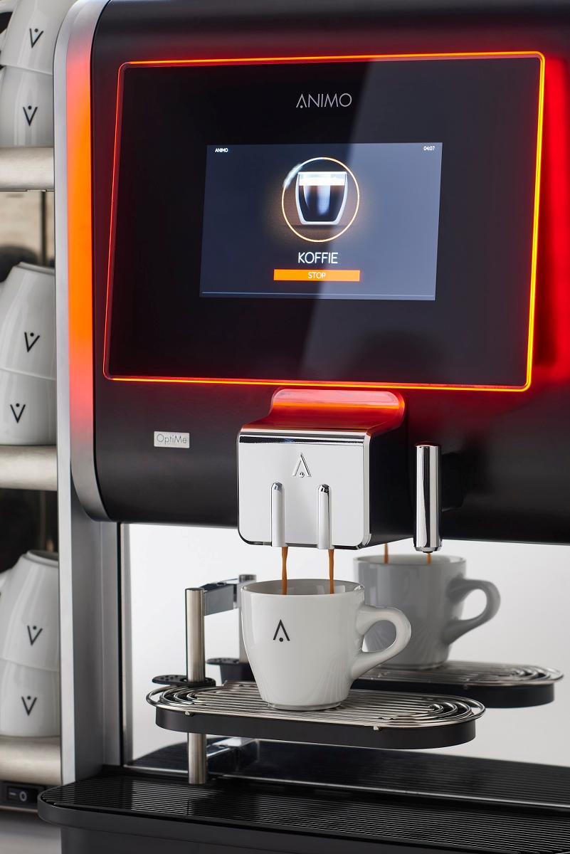 Maak een of twee koppen koffie met de Animo OptiMe